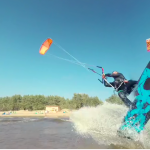 Do kitesurfing and fly through the air, try now in 360