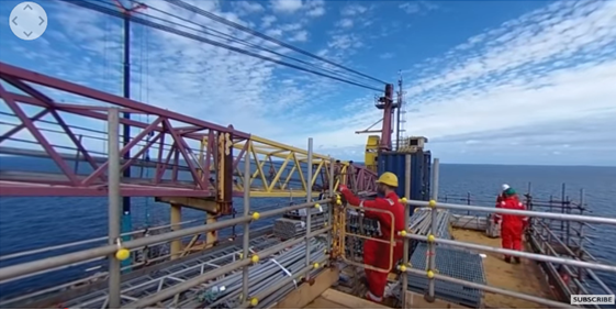Experience life in 360° aboard an oil rig